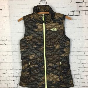 Women's North Face Thermoball Camo Vest